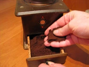 Best Manual Coffee Grinder For Espresso